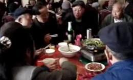 爷爷八十大寿设宴18桌视频(三)