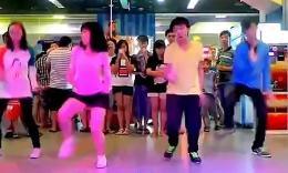好风骚的舞蹈,全程高能!看完我整个人都不好了!