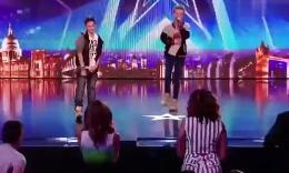 《英国达人秀》两男孩献唱超好听反欺凌歌曲