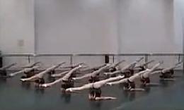 中国舞蹈女孩征服美国!!youtube一夜千万浏览
