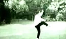 吴鉴泉女儿吴英华先生的吴式太极拳珍贵视频